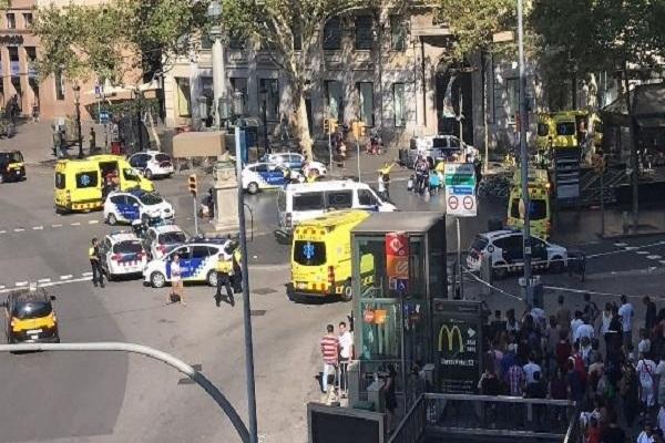 Barcelona ve Cambrils'te düzenlenen saldırılarda ölü sayısı artıyor