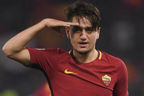 Milli futbolcu hem golleriyle hem de vefasıyla alkış topladı
