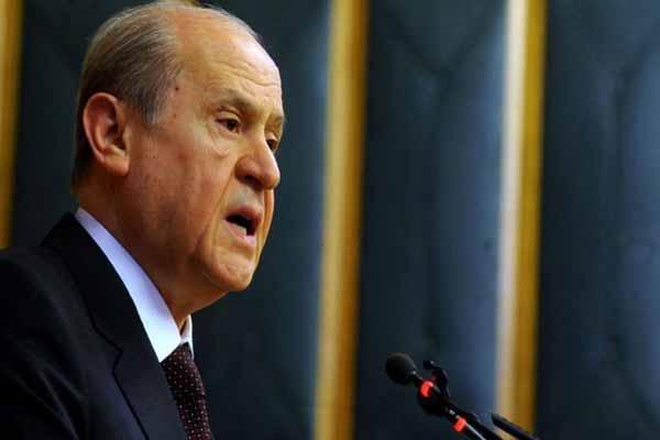 """Bahçeli, """"Türk ekonomisi alarm veriyor, Türkiye köşeye sıkıştırılmak isteniyor"""""""