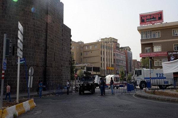 Diyarbakır'ın 13 mahallesinde sokağa çıkma yasağı kaldırıldı