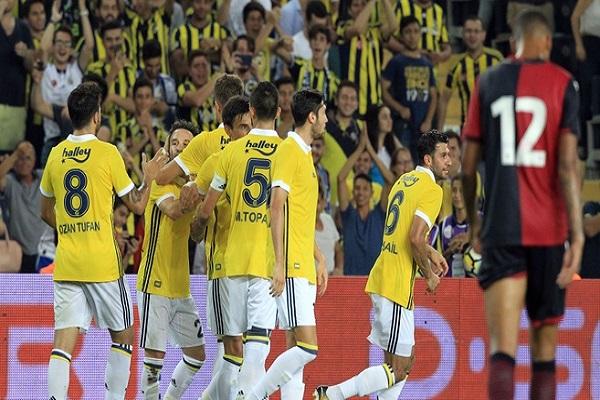 Sarı lacivertliler İtalyan ekibi Cagliari'yi mağlup etti