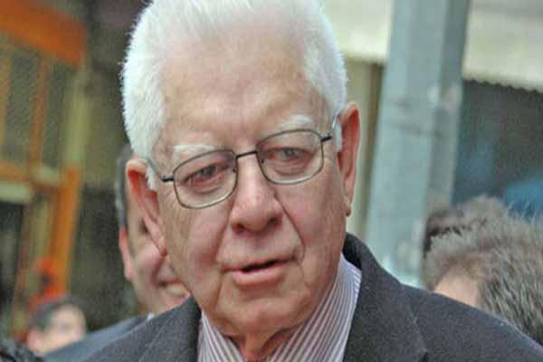 Oktay Sinanoğlu hayatını kaybetti, Oktay Sinanoğlu kimdir