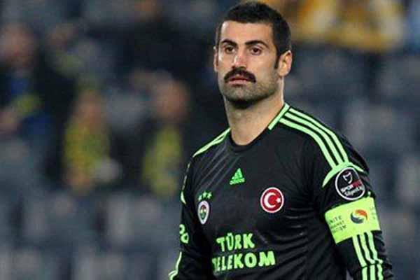 Galatasaray, Volkan Demirel'i şikayet ediyor