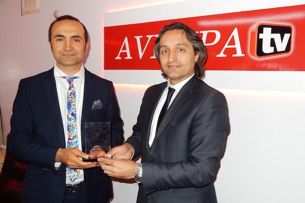 Türk-İngiliz Gazeteciler Birliği Avrupa Gazetesi'ni ödüllendirdi