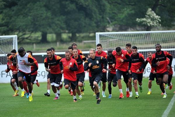 Galatasaray İngiltere'nin Birmingham şehrinde hazırlanıyor