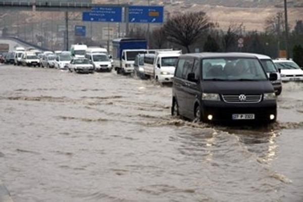 Gaziantep'te sel meydana geldi
