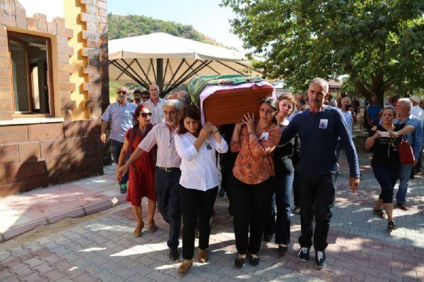 HDP'li Tuğluk'un annesinin cenazesine saldırıyla ilgili son dakika gelişmesi