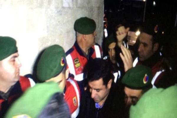 HDP Eş Genel Başkanı Selahattin Demirtaşın muayenesi tamamlandı