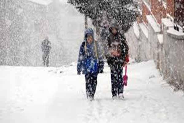 O illerde eğitime bir günlük kar engeli