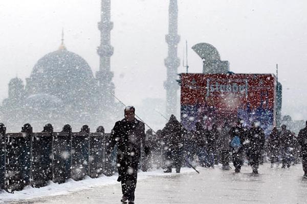 Meteorolojiden yoğun kar yağışı uyarısı geldi