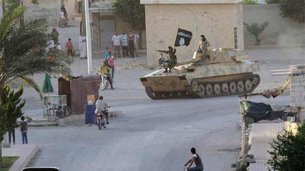 IŞİD Kobani'de ilerliyor