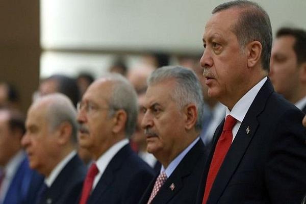 Liderler 29 Ekim Cumhuriyet Bayramını böyle kutladı