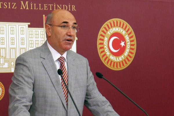 CHP'li Mahmut Tanal, 'Yüzme dersini müfredata koymak gerekiyor'