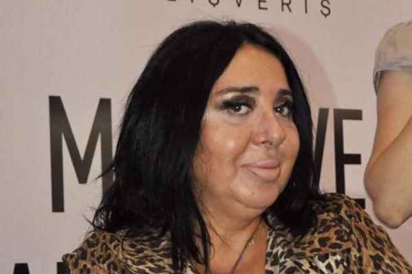 Nur Yerlitaş, ' Capslere çok gülüyorum'