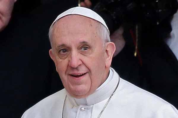 Papa 6. Paulus Vatikan'da Kutsal Kişi İlan Edildi