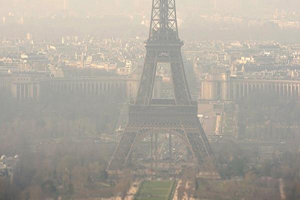 Paris'te hava kirliliği paniği