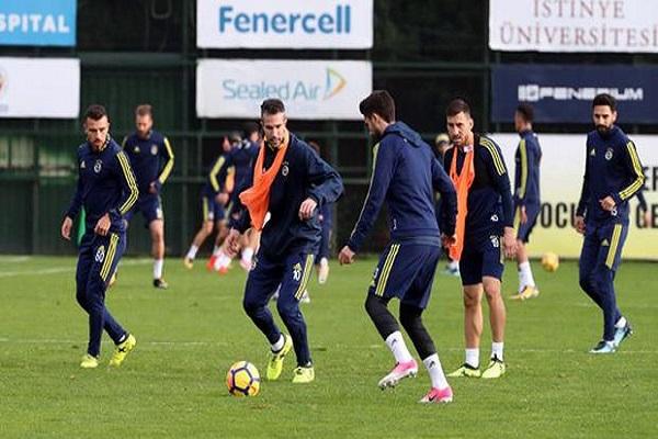 Fenerbahçe'de moraller yüksek Aykut Kocaman mutlu
