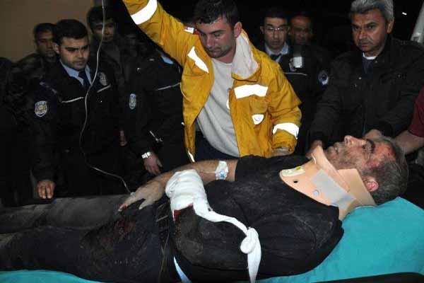 Sivas'ta polisleri taşıyan otobüs devrildi 3 şehit