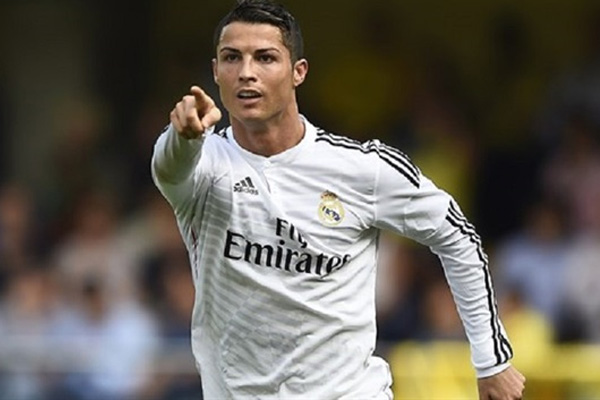 FIFA Yılın En İyi Erkek Futbolcusu ödülünü Ronaldo kazandı