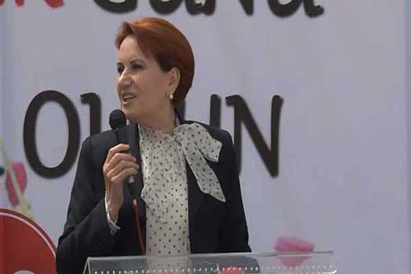 Sare Davutoğlu ve Hayrünnisa Gül, Meral Akşener ile görüştü