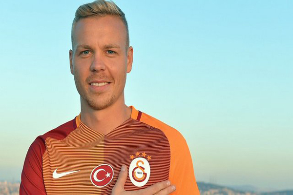 Galatasaray Sigthorsson'a rest çekti futbolcu sahalara döndü