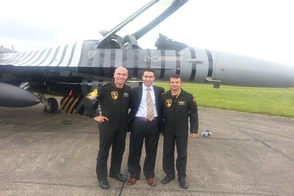 Türk F16 Pilotlarımız AF Waddington Havacılık Fuarı'nda