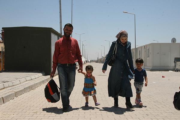 Almanya'dan Suriyeli sığınmacılara yardım