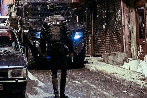 İstanbul'u kana bulayacaklardı 4 terörist son anda yakalandı