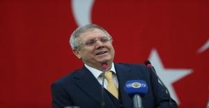 Aziz Yıldırım yeniden Fenerbahçe başkan adaylığını açıkladı