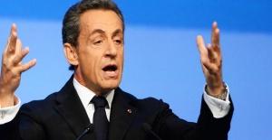 Nicolas Sarkozy usulsüzlük iddiasıyla gözaltında