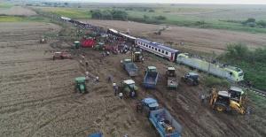 CHP Çorlu'daki tren kazasının araştırılmasını istiyor