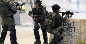 İsrail askerleri 13 yaşındaki çocuğu vurdu