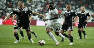 Beşiktaş LASK Linz maçı canlı...