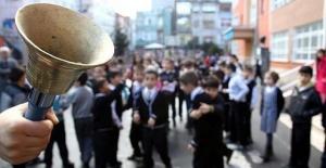 Yüz binlerce öğrenci için okula uyum haftası başladı