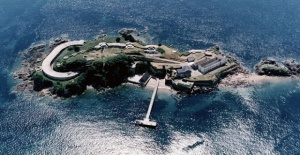 İngiltere'deki tarihi ada 6 milyon Sterlin'e satılıyor