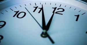 Saatler ileri veya geri alındı mı, Türkiye'de şuan saat kaç