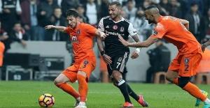 Medipol Başakşehir Beşiktaş maçı...