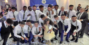 İngiliz Liginde Şampiyon Türk Takımı:...