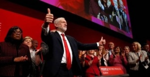 İngiltere'de İşçi Partisi'nden...