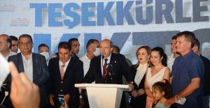 Ersin Tatar, Kuzey Kıbrıs Türk Cumhuriyeti'nde mazbatasını aldı, göreve başladı