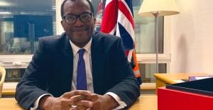 İngiltere Ticaret bakanı Kwasi Kwarteng ile Restoran ve takeaway sahiplerinin sorunları konuşuldu