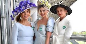 The Royal Ascot At Yarışları'naTürk Modacı Zeynep Kartal Damgasını Vurdu!