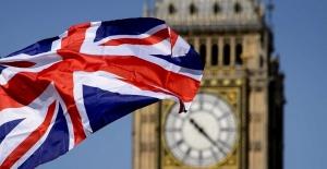 İngiltere zengin Rus vatandaşlarını inceleyecek