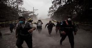 Guatemala'da yanardağ faciası, çok sayıda ölü ve yaralı var