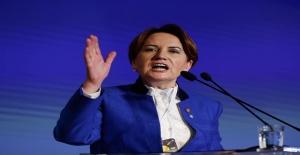 Meral Akşener 'Çadır mahkemelerinden Atatürk'ün resmini çıkardılar'