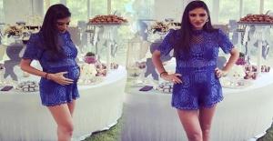 Aslıhan Doğan Turan'ın baby shower kıyafeti çok beğenildi