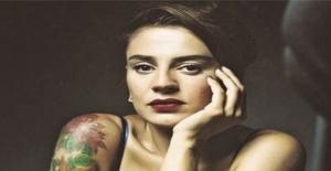 Ceylan Ertem 'Tek isteğim bir kadınla aşk yaşamak'