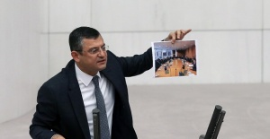 CHP'li Özel 'Hesap soracaksan bu fotoğrafın hesabını sor'