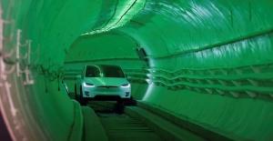 Elon Musk'ın yeraltı tüneli yüksek hızla ulaşımda çığır açacak