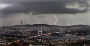 Meteoroloji'den çok önemli uyarı 'Sağanak ve fırtına geliyor'